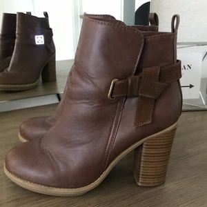 ALDO x TARGET COLLAB- Brown Bootie w/ CHUNKY HEEL